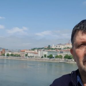 Ne Budapest – UNË JAM RRUGA, E VËRTETA E JETA